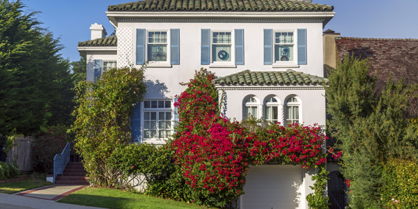 Springtime Planning: Exterior Color Schemes to Inspire